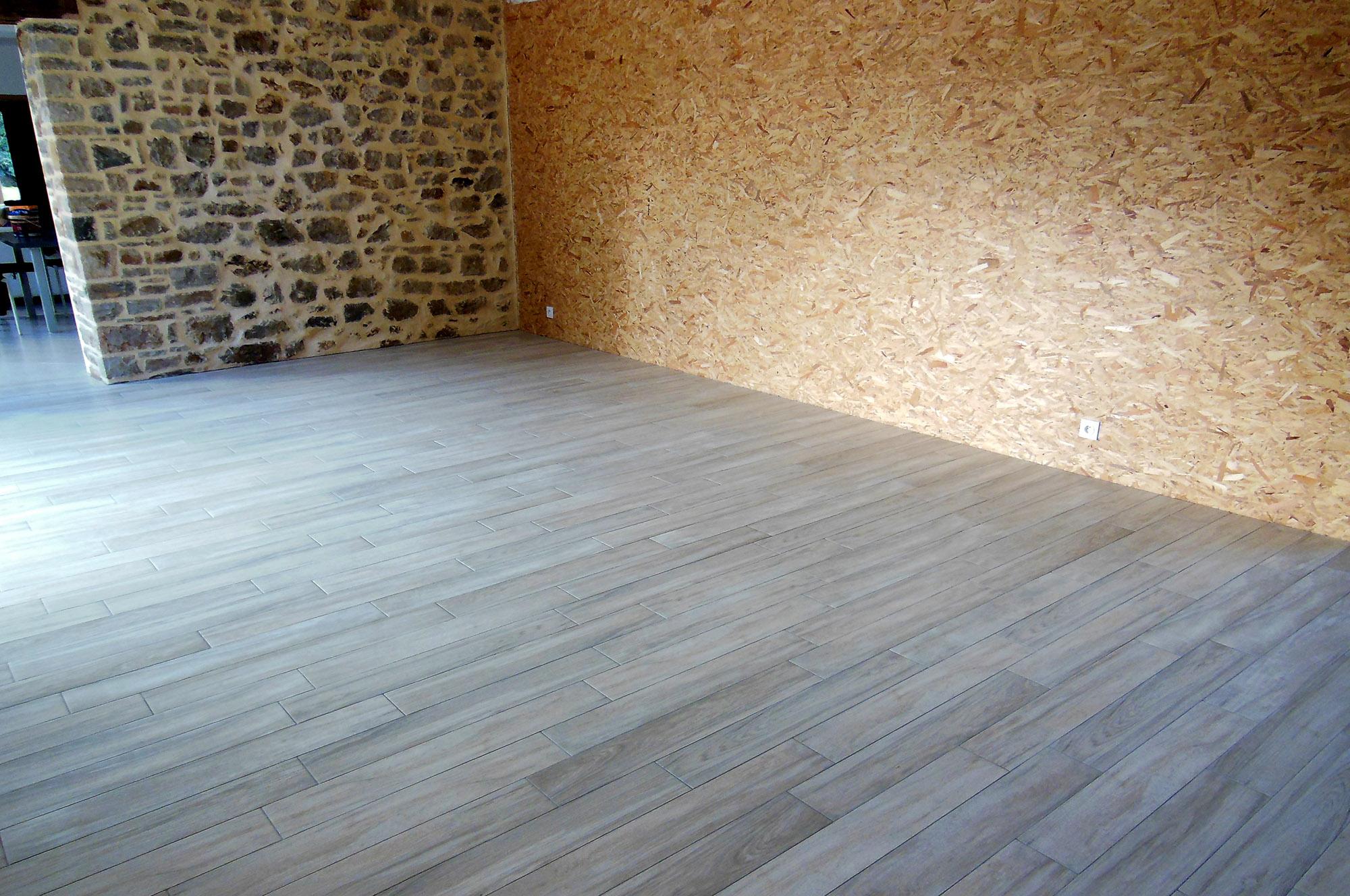 Carrelage imitation parquet decoration maison mongodin for Carrelage de saint samson