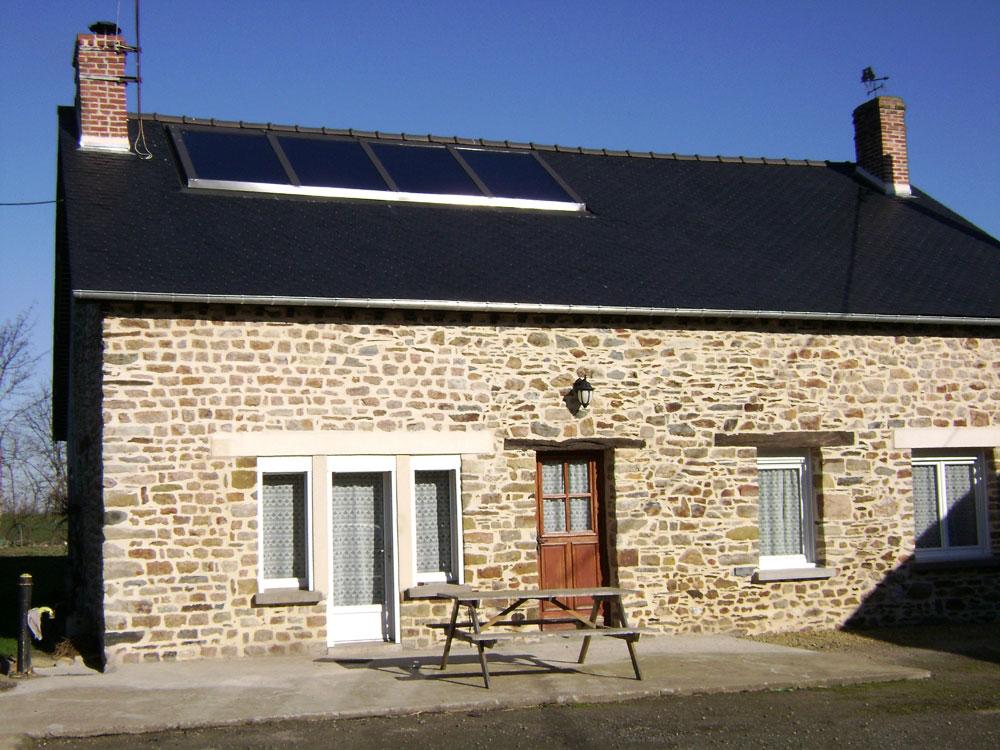 huet plomberie chauffage climatisation balaze installation panneaux solaire thermique ffb vitr. Black Bedroom Furniture Sets. Home Design Ideas