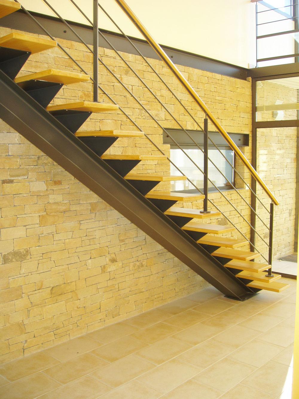 thiebault menuiserie escalier bois metal etrelles ffb vitr. Black Bedroom Furniture Sets. Home Design Ideas